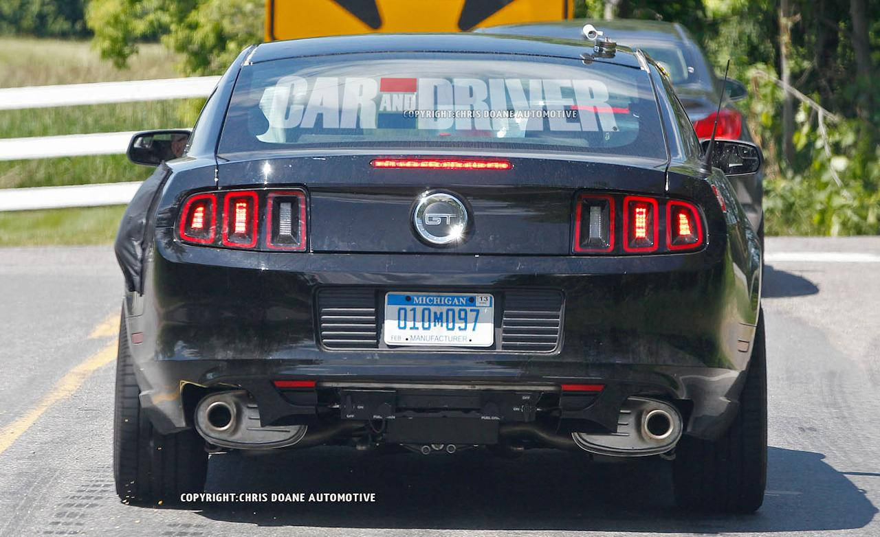 05-2015-ford-mustang-spied.jpg