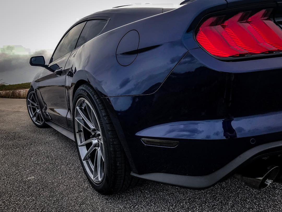 18%20ford%20mustang%20led%20sidemarkers%20smoked%20owner%20ig%20upr_steve%20upr%20products%20(1).jpg