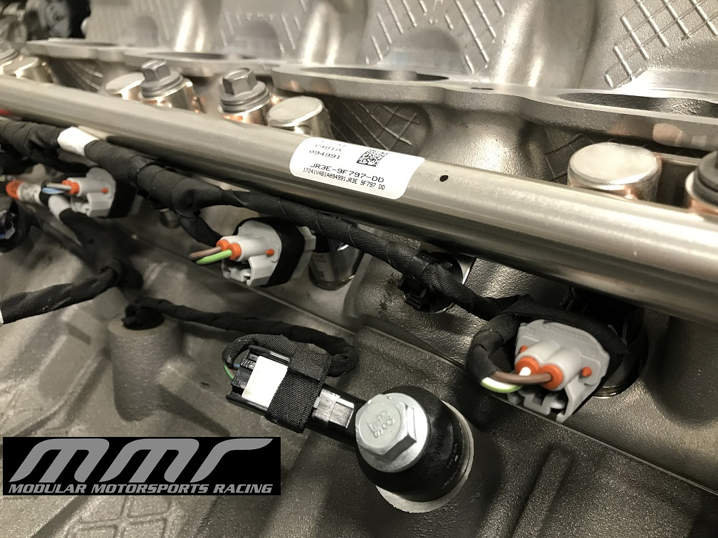 MMR Dissects the new 2018 5 0 Direct Injection engine | 2015