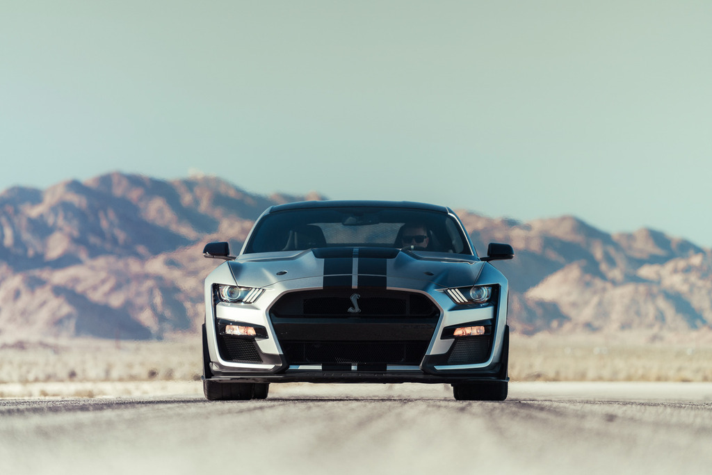 2020-Shelby-GT500-Mustang-Carbon-Fiber-Track-Package-7_zpsbfueoyhx.jpg