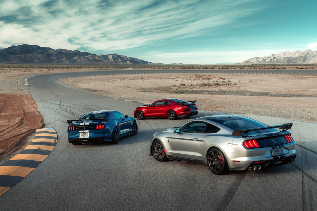 2020-Shelby-GT500-Mustang-Exterior--15_zpsdao33day.jpg
