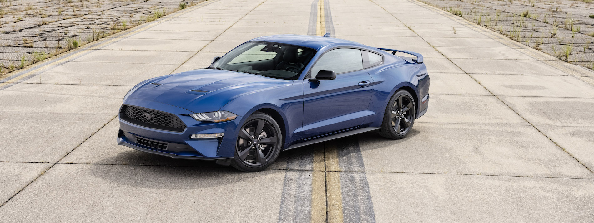 2022 Ford Mustang Stealth Edition_02.jpg