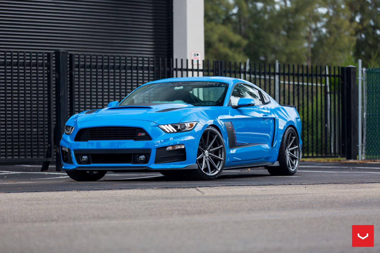 abber-blue-ford-mustang-gtpp-roush-s550-vossen-vfs10-hybrid-forged-gloss-graphite-concave-wheels.jpg