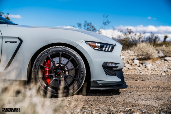 avalanche-grey-ford-mustang-shelby-gt350r-forgeline-gtd1-5-lug-concave-monoblock-wheels.jpg