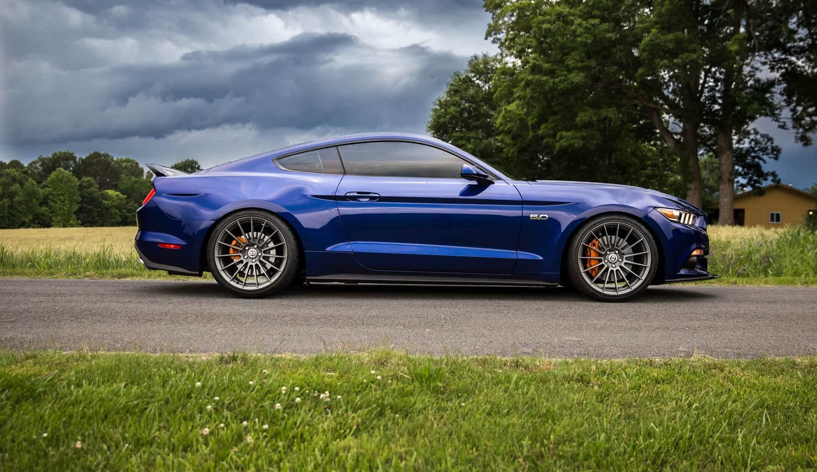 deep-impact-blue-ford-mustang-gt-s550-hre-ff15-fog-flow-formed-concave-wheels.jpg