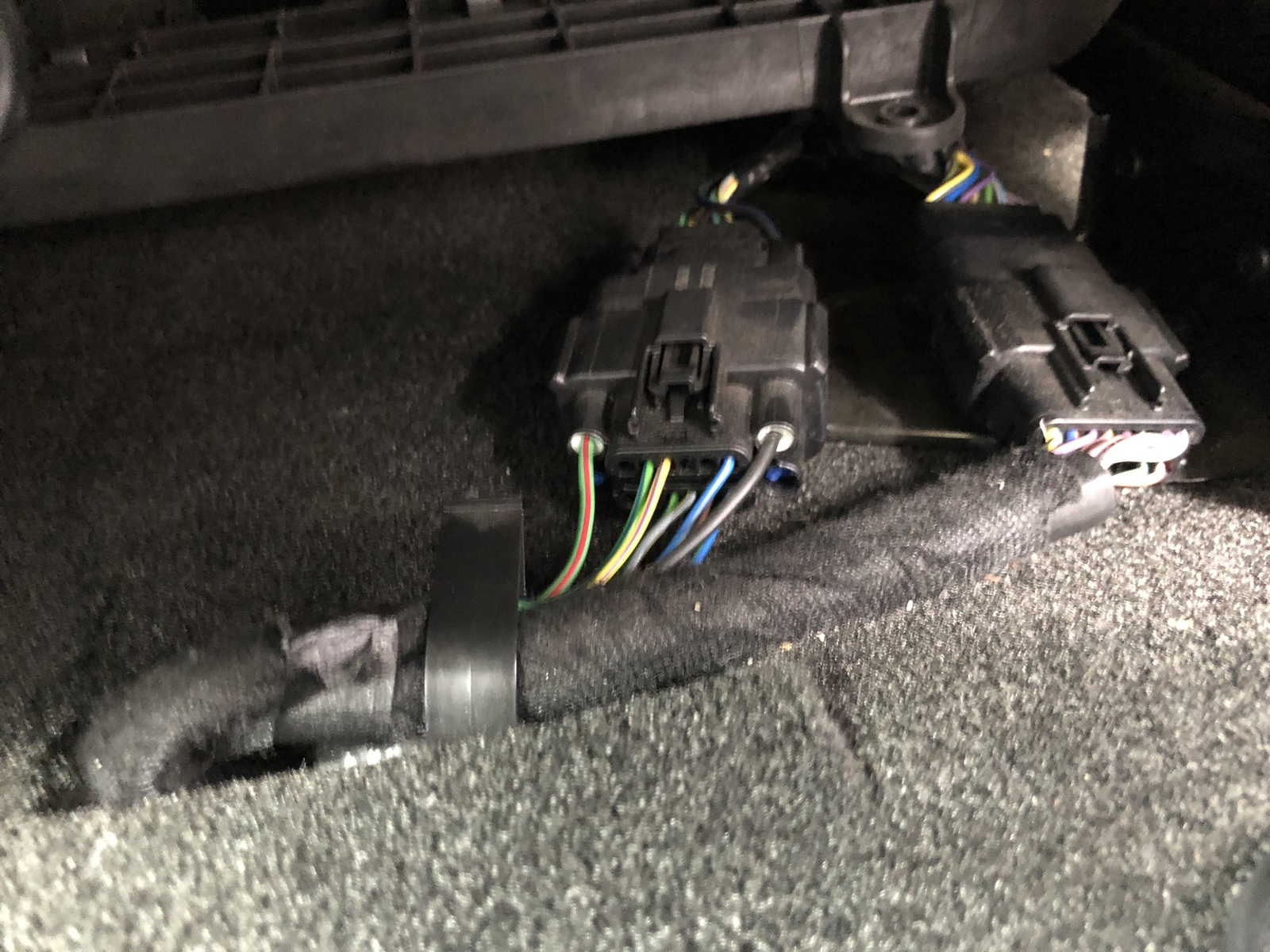 [DIAGRAM_38IS]  Upgraded to power seats on base S550- surprising solution found!   2015+  S550 Mustang Forum (GT, EcoBoost, GT350, GT500, Bullitt, Mach 1) -  Mustang6G.com   2015 Mustang Fuse Box Ground Wire      Mustang6G