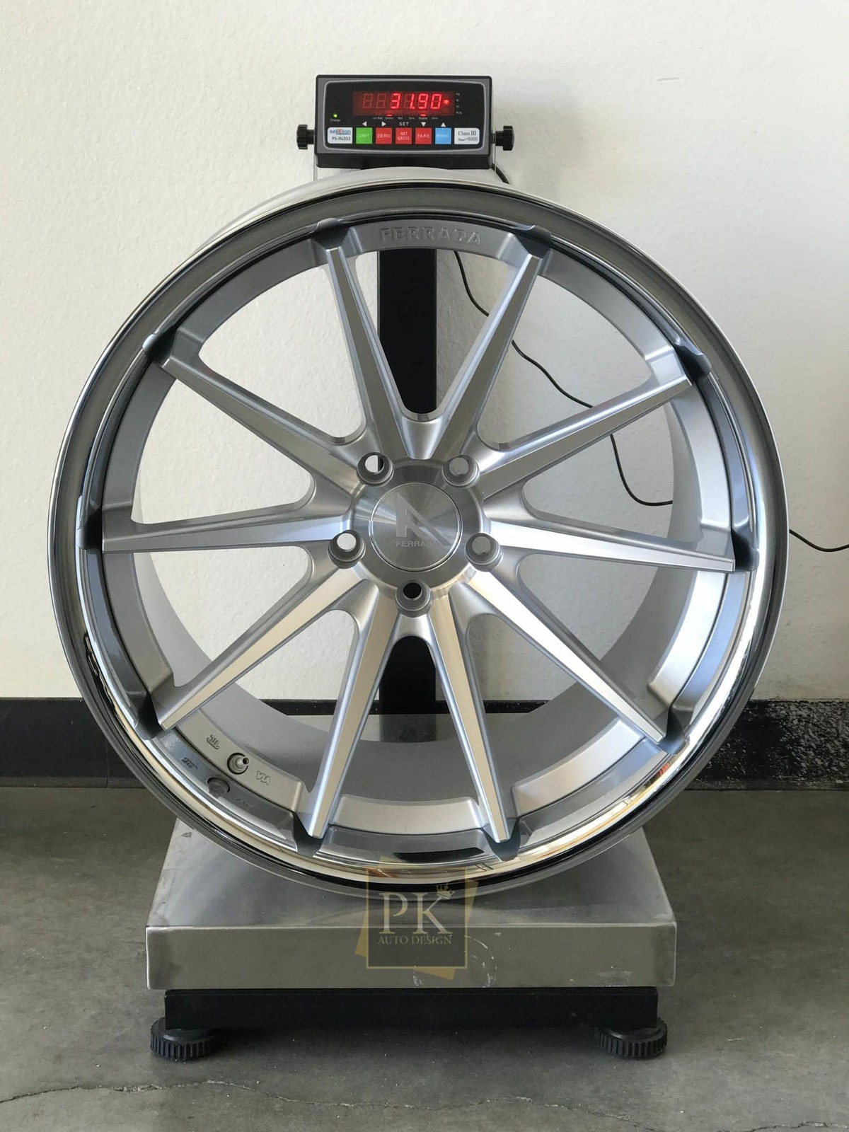 ferrada-fr4-machined-silver-polished-lip-deep-concave-wheels-20x10.5.jpg