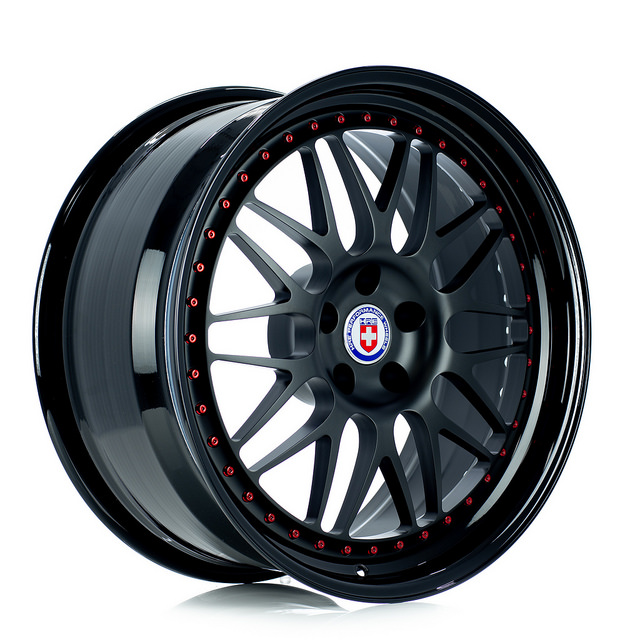 hre-540-matte-black-face-gloss-black-lip-forged-wheel.jpg