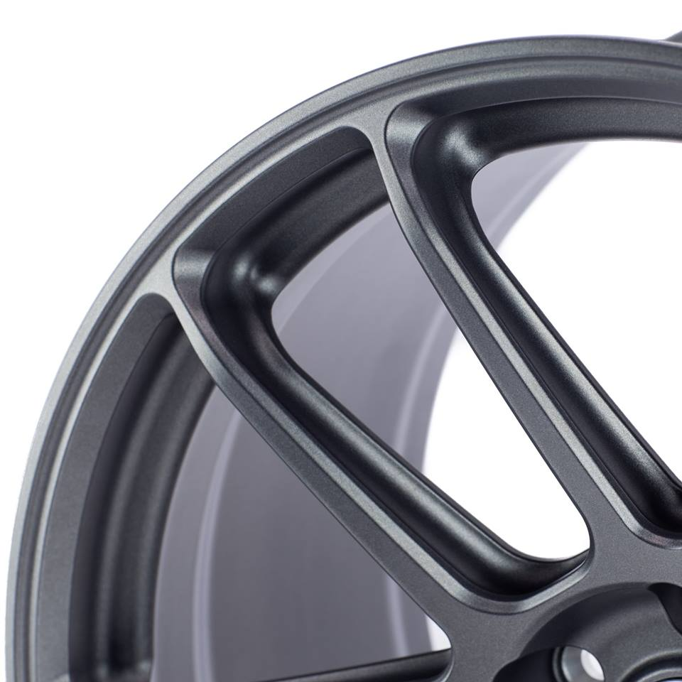 HRE-RC104-FORGED-MONOBLOCK-WHEEL.jpg