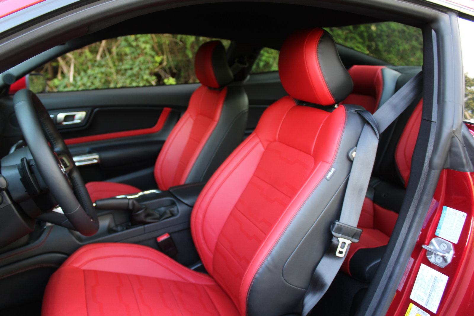 Ruby Red With Showstopper Red Interior 2015 S550