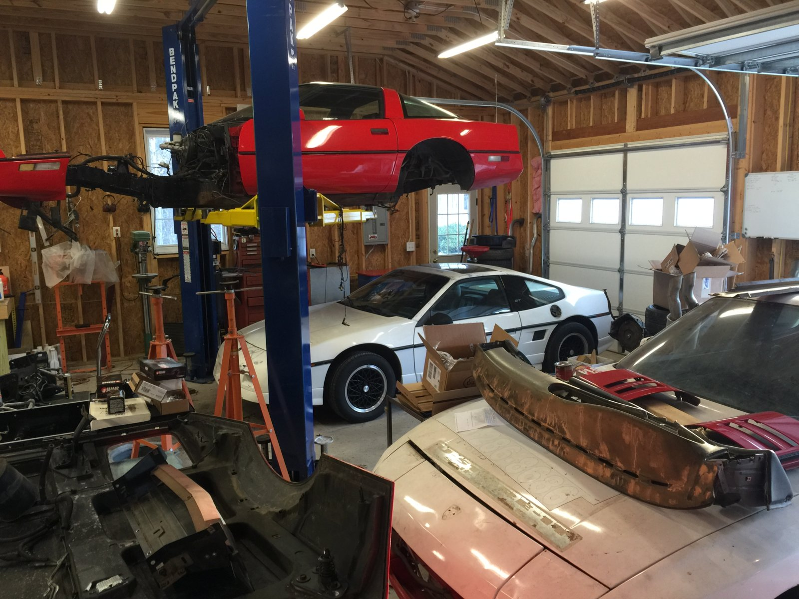 Who has car lift in personal garage | 2015+ S550 Mustang