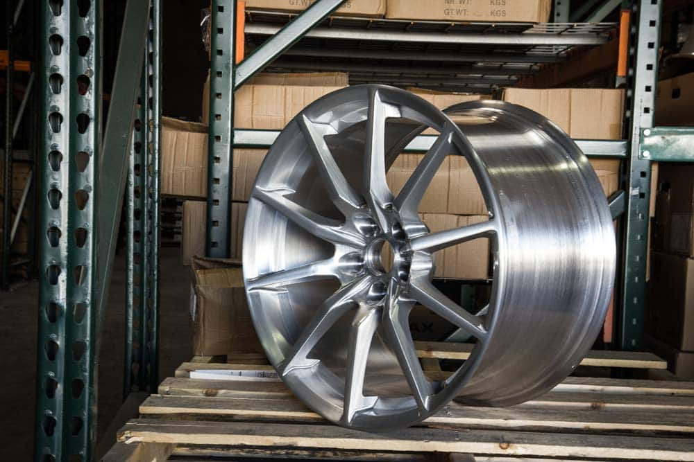 MRR-M350-BRUSHED-TINTED-CLEAR-MUSTANG-WHEEL.jpg