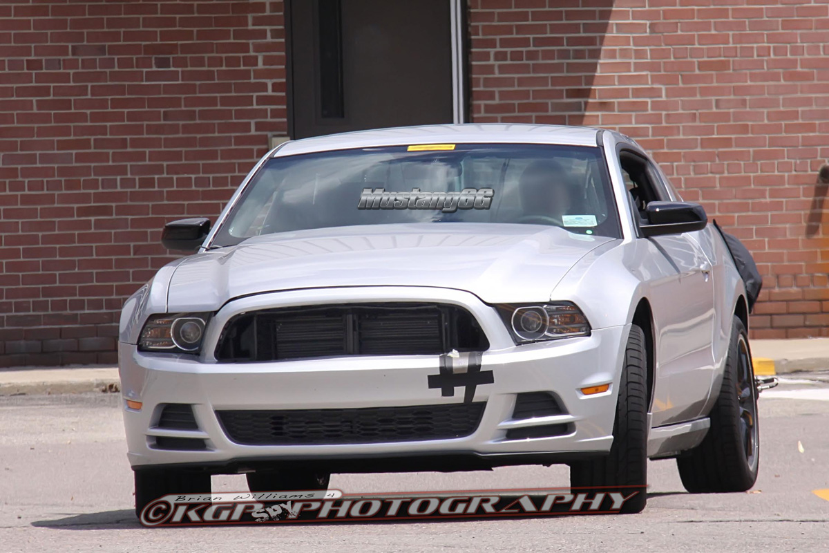 Name:  New-Ford-Mustang-V8-GT-with-Performace-Pack-in-Magnetic-1.jpg Views: 49653 Size:  470.7 KB
