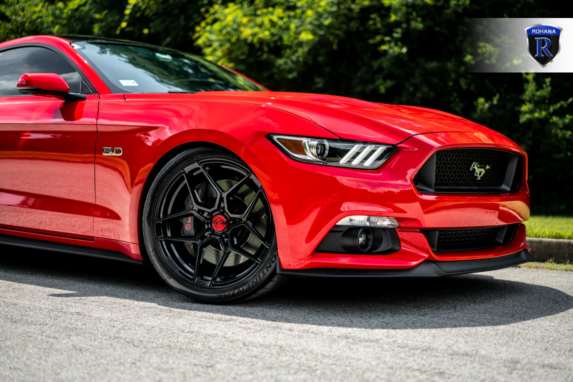 race-red-ford-mustang-eb-ebpp-gt-gtpp-rohana-rfx11-gloss-black-rotory-forged-concave-wheels.jpg