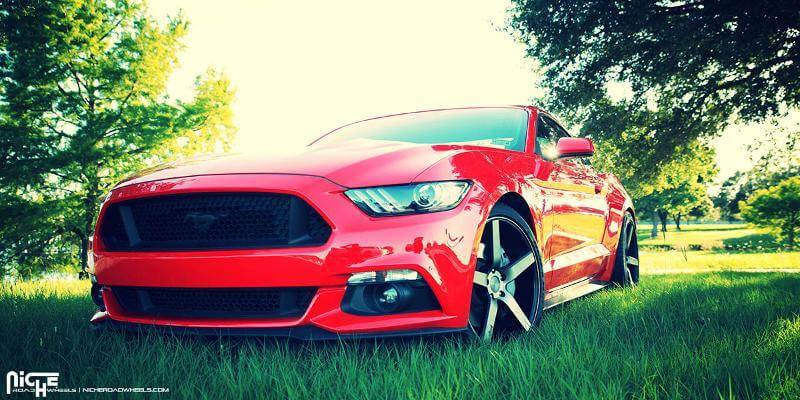 race-red-ford-mustang-gt-s550-niche-misaln-m134-concave-wheels.jpg