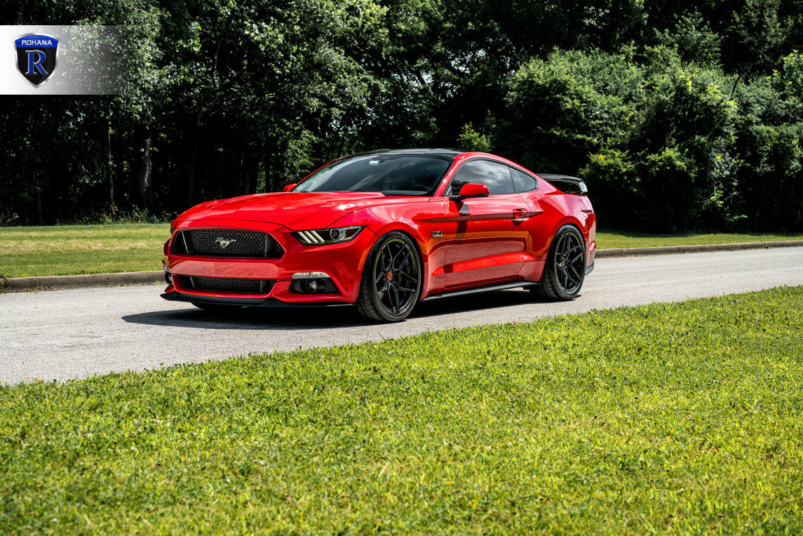 race-red-ford-mustang-gtpp-rohana-rfx11-gloss-black-rotory-forged-concave-wheels.jpg