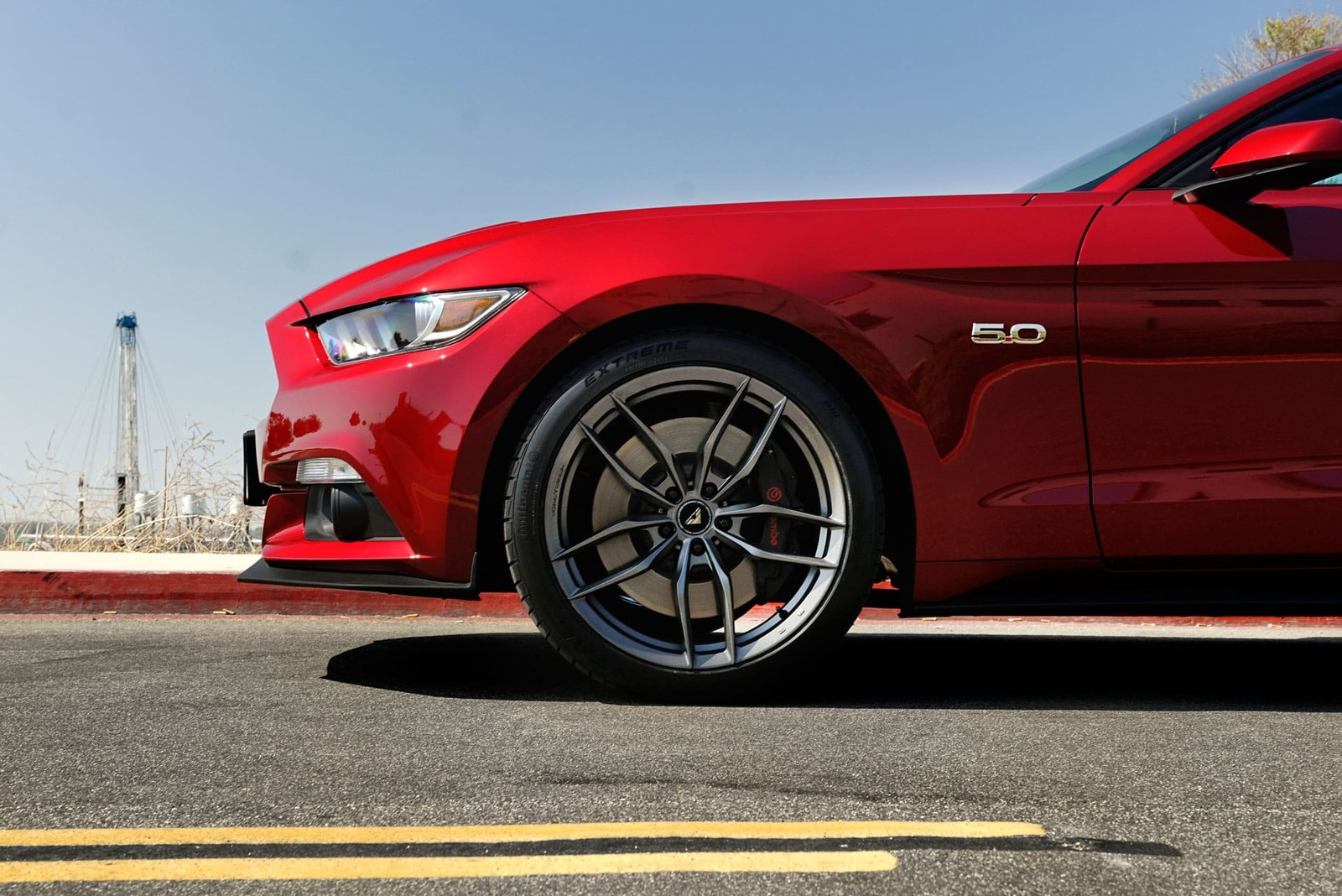 RACE-RED-FORD-MUSTANG-GTPP-S550-VORSTEINER-VFF105-CARBON-GRAPHITE-CONCAVE-MUSTANG-WHEELS-3.jpg