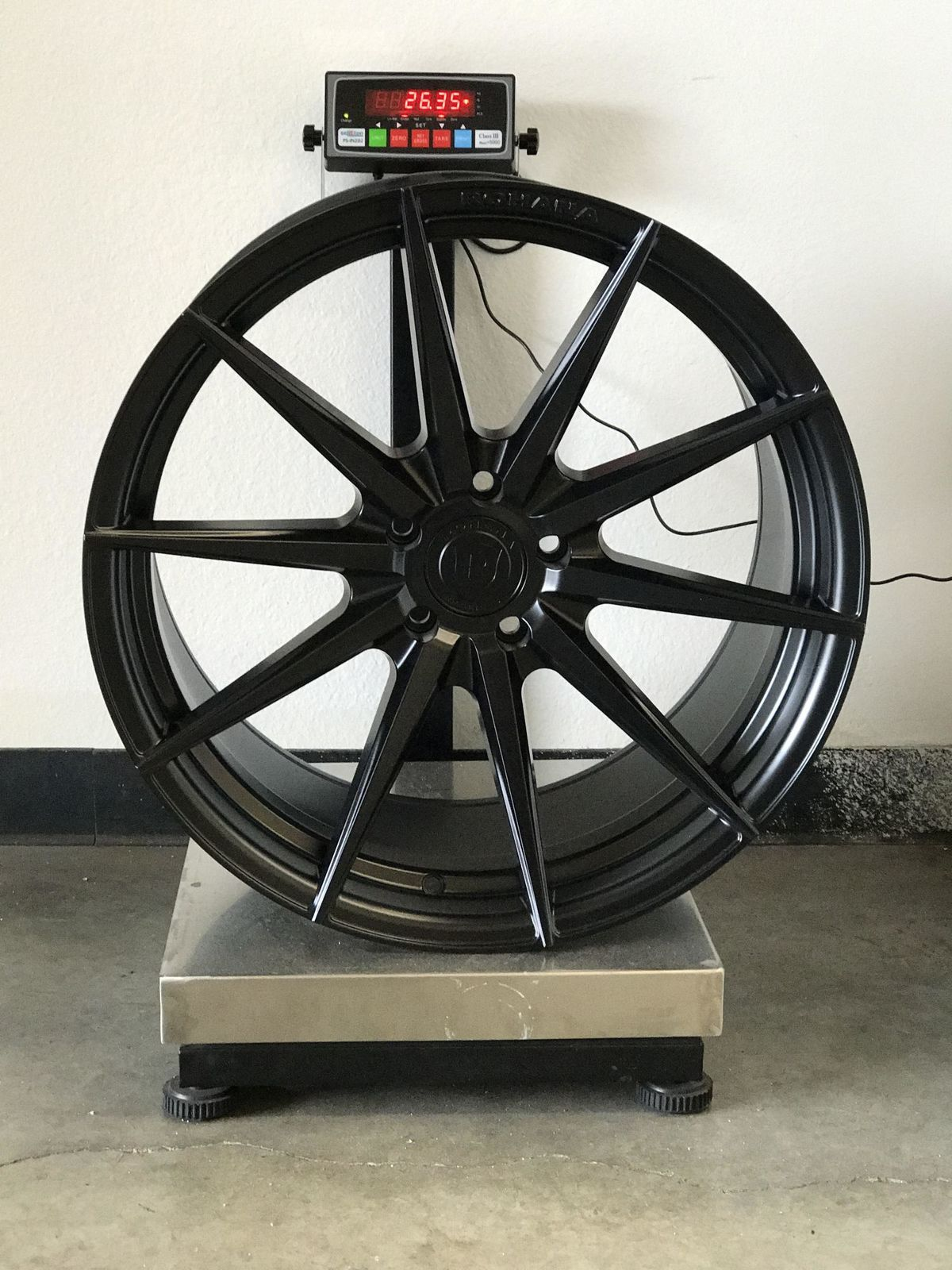 ROHANA-RF1-MATTE-BLACK-ROTORY-FORGED-CONCAVE-MULTISPOKE-WHEELS-20X11.jpg
