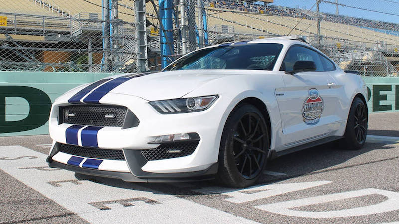 Shelby GT350 Pace Car EcoBoost 400.jpg