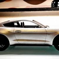 2015-Mustang-GT-Ingot-Silver-Side