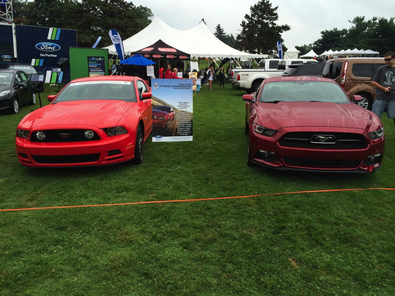 side by side comparison of the 2015 mustang s550 and 2014 mustang s197 2015 mustang forum. Black Bedroom Furniture Sets. Home Design Ideas