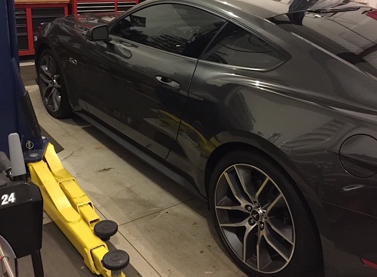 Factory 20″ Wheels Fitment on the 2015 Mustang GT ...