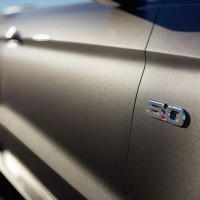 2015-ford-mustang-gt-convertible-50-badge