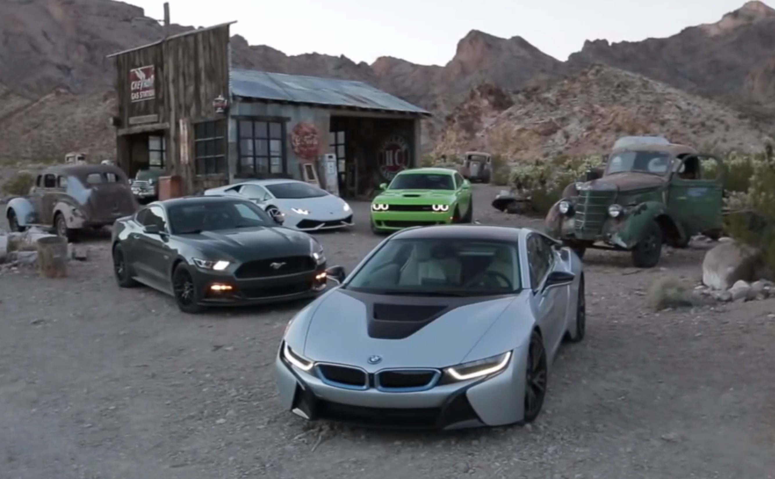 Road Trip Across America: Mustang GT vs SRT Hellcat vs BMW ...