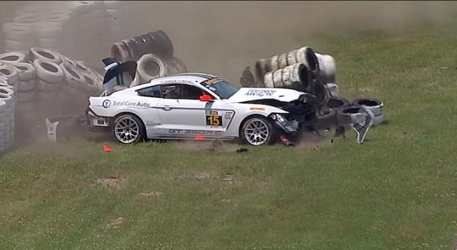 GT350R-C Crash Video at Motorsport Park | 2015+ Mustang ...